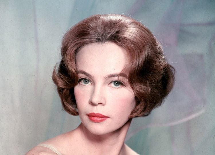 Leslie Caron Nude Photos 24