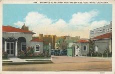 Mary Pickford-Douglas Fairbanks studios. Postcard: from the archive of Leo Verswijver