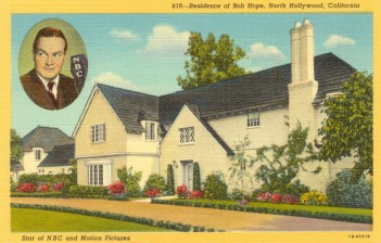 Residence of Bob Hope (1903-2003). Postcard: Western Publishing and Novelty Co., Los Angeles (from the archive of Leo Verswijver)