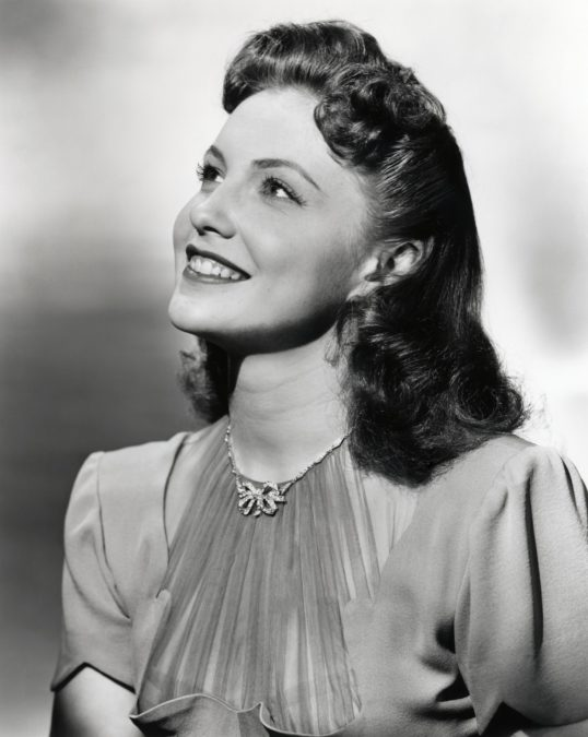 Joan Leslie scan 07